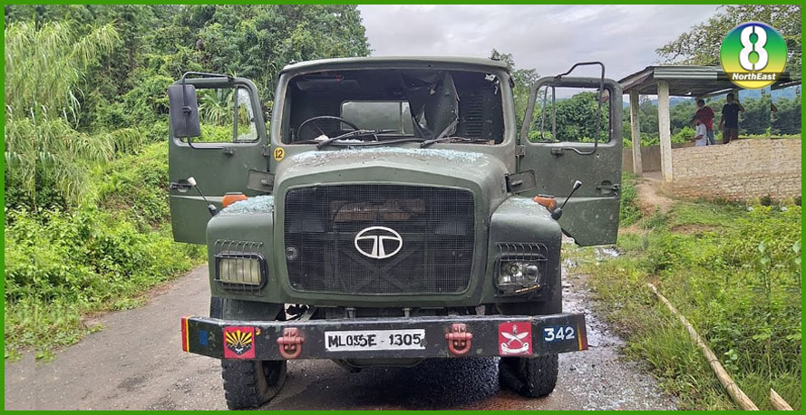 Assam Rifles के टेंकर पर उग्रवादियाें का भयंकर हमला, जवान शहीद
